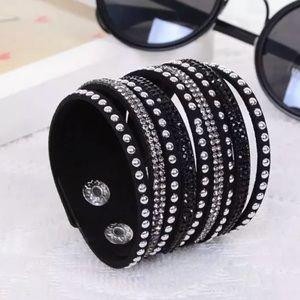 Jewelry - 🌙• B l a c k Crystal Vegan Leather Bracelet •🌙
